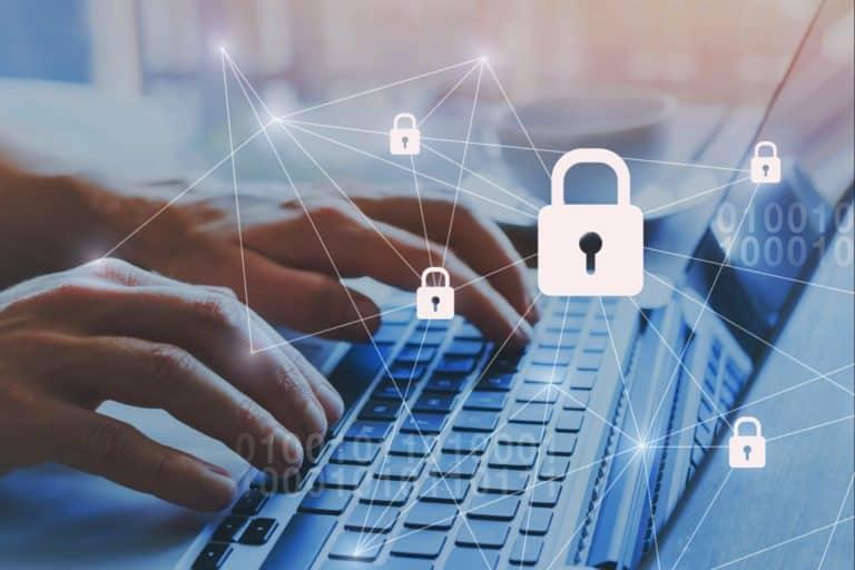Neue Cyber-Service-Police für Firmenkunden - AdobeStock 230581609